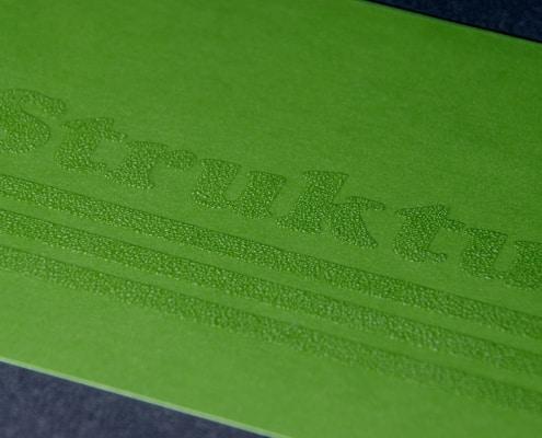 Strukturlack auf Papier